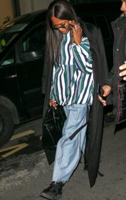 Наоми Кэмпбелл надела джинсы украинского дизайнера