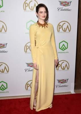 Эмма Стоун посетила кинопремию в интересном платье