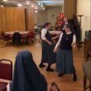 Спевшие хит группы Queen монахини прославились в Сети