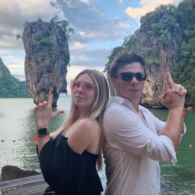 Сестра Дмитрия Комарова поделилась семейными снимками