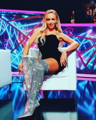 Оля Полякова представила альбом